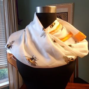 NWT Victoria Beckham for Target Bee Scarf